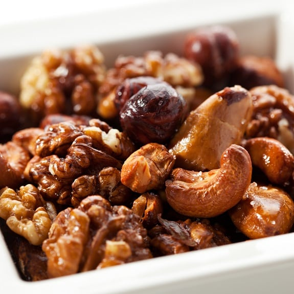 slow cooker curry-spiced mixed nuts recipe