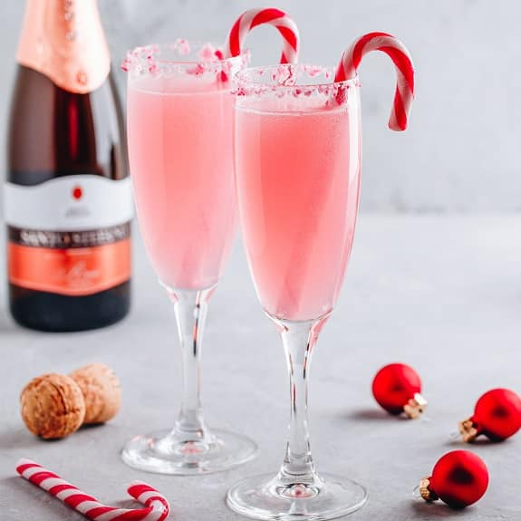 christmas peppermint bark mimosa cocktail recipe