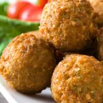 Air fryer falafels recipe. Learn how to cook Mediterranean falafels in an air fryer. Healthy and delicious. #airfryer #recipes #appetizers #vegetarian #healthy