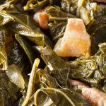 Slow cooker collard greens recipe. Collard greens with bacon cooked in a slow cooker. Yummy Southern recipe! #slowcooker #crockpot #dinner #southern #easy